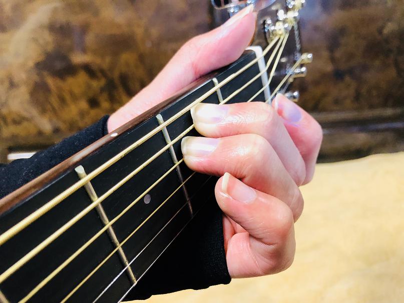 ギター コード Em Emコード Eマイナー