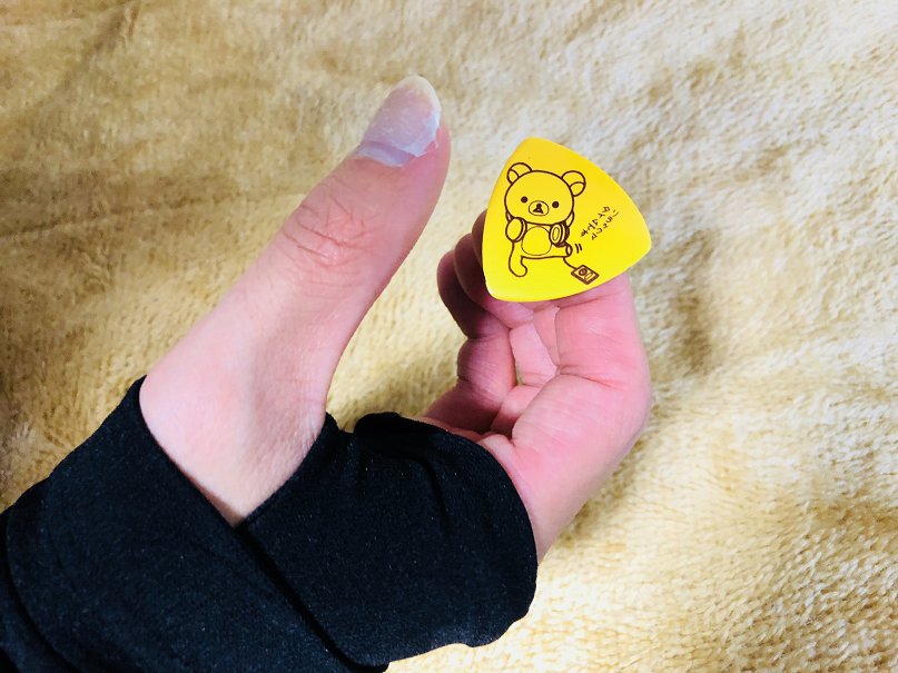 ギター 姿勢 右手 左手 奏法 ピック 持ち方